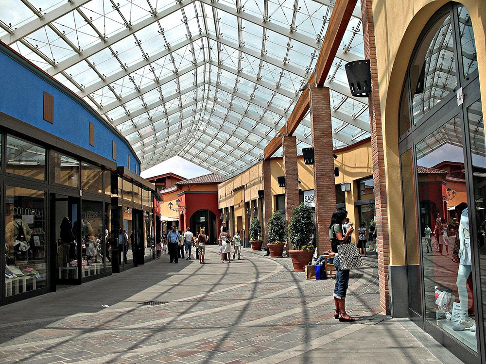 Outlet Di Brescia Pictures - Skilifts.us - skilifts.us
